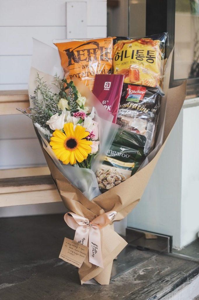 snacks bouquet - Hello Flowers Singapore