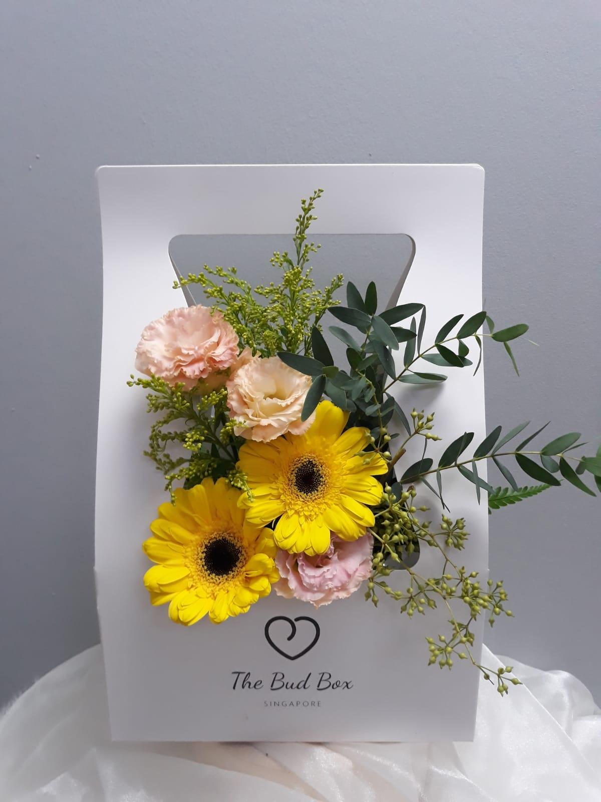 11 sep - daisy and carnation
