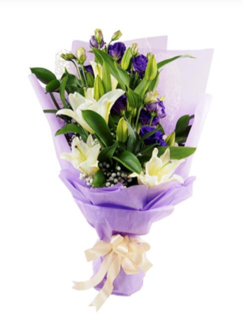 little flower hut lily bouquet