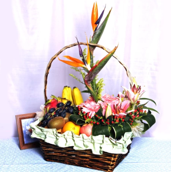 katong flower shop hamper
