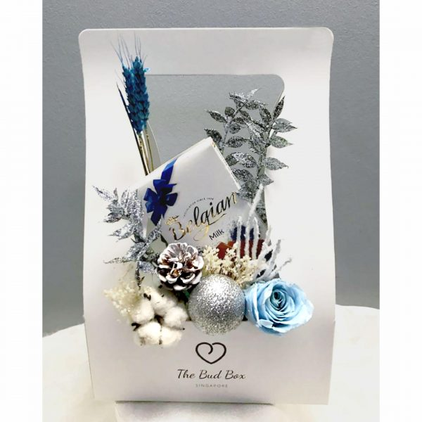 Christmas Flower Box and Chocolate | Red Christmas Flowers | Bloombox Free Same Day Delivery